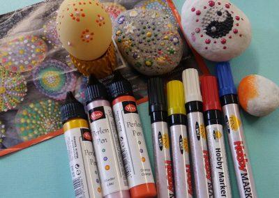 Acrylmarker und PerlenPen für die  beliebten #SaarSteine